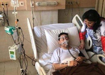 Foto Ketua Dewan Perwakilan Rakyat, Setya Novanto, yang tengah dirawat di rumah sakit dengan sejumlah alat medis terpasang di badannya. Istimewa