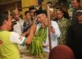 Bakal calon wakil gubernur Jawa Barat Ahmad Syaikhu blusukan ke Pasar Banjar, Rabu (28/03/2018). Foto: Istimewa.
