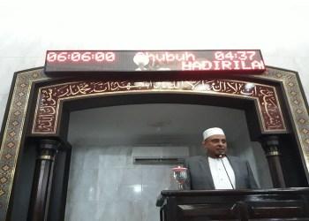 Ketua Umum Gerakan Pengawal Fatwa Ulama (GNPF U) Ustadz Yusuf Muhammad Martak. Foto: Rhio/Islampos