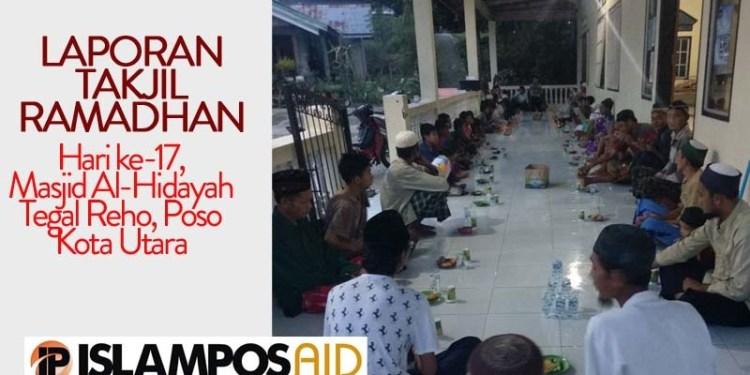 Takjil ke-17 IslamposAid Diberikan di Masjid Al-Hidayah, Tegal Reho, Poso Kota Baru 1