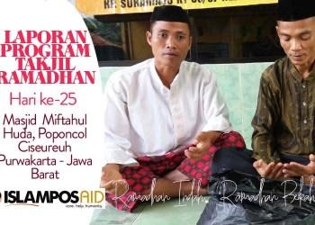 Takjil ke-25 IslamposAid Diberikan di Masjid Miftahul Huda, Poponcol Ciseureuh, Purwakarta, Jawa Barat  1