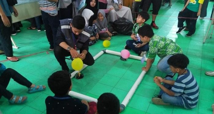 Komunitas Robonesia Gelar Lomba Merakit Robot di Bandung. Foto: Saifal/Islampos