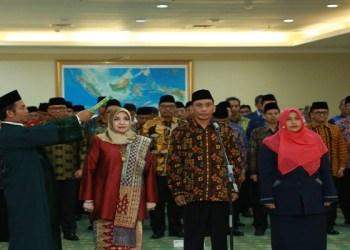 Menteri Agama Lukman Hakim Saifuddin melantik tiga pimpinan Perguruan Tinggi Keagamaan Islam Negeri (PTKIN), Senin (07/01). Foto: Rhio/Islampos