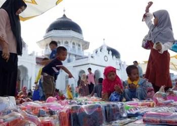 Hukum Berjualan di Halaman Masjid