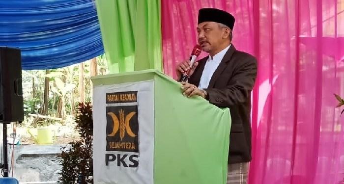 Ustaz Ahmad Syaikhu di acara Peingatan Maulid Nabi di DPC PKS Bojong, Purwakarta, Jawa Barat, Ahad (18/11/2019). Foto: istimewa (Djunaidi Josan/Islampos)