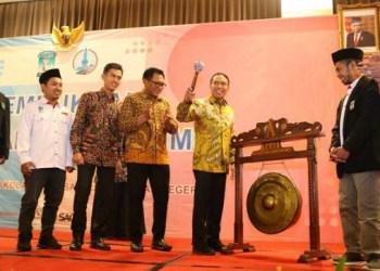 Menpora Zainul Amali membuka muktamar XI KAMMI di Malang. Foto: Rhio/Islampos