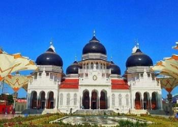 Masjid Agung Banda Aceh. Foto: Steemit