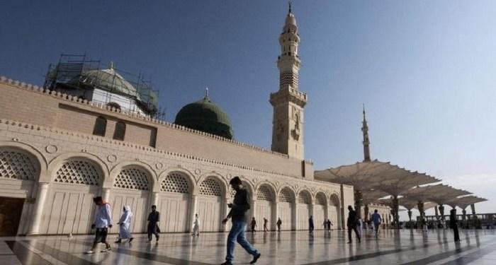 masjid-masjid di Saudi kembali ditutup. Foto: CNN