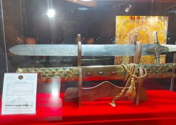 pedang nabi Muhammad SAW yang dipamerkan di JIC