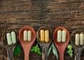 bahan herbal dalam pil kapsul suplemen