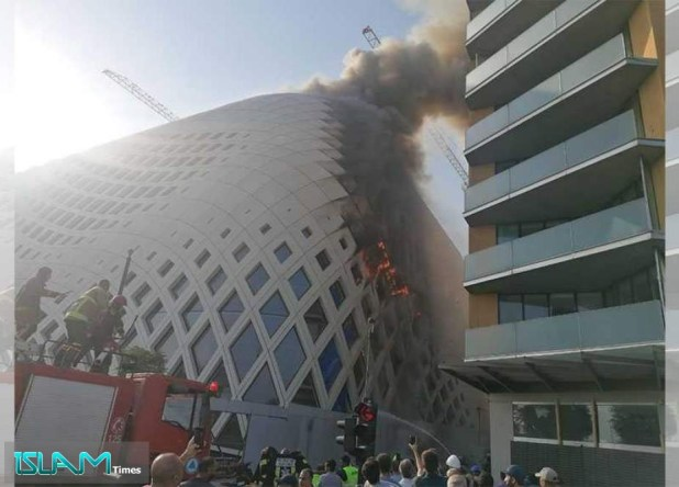 Fire Erupts in Building in Beirut's Commercial District