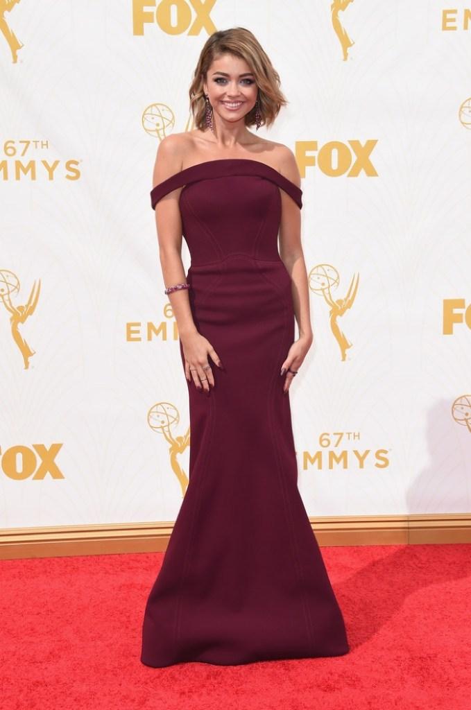 Sarah-Hyland-Emmys-2015-Zac-Posen-Dress