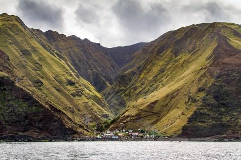 Rada La Colonia, Alejandro Selkirk Island, Chile. Credit: Madeleine Pott/Island Conservation