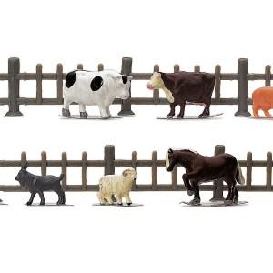 Hornby R7120 Farm Animals & Fencing Pack