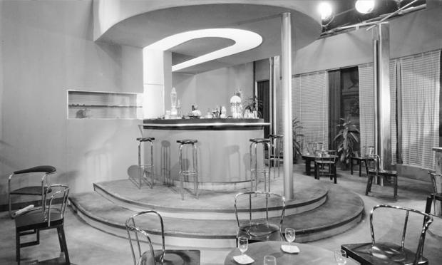 Gastone Medin's set design for L'ultima avventura (The Last Adventure; Dir. Mario Camerini, 1932) Photograph: attributed to Aurelio Pesce, courtesy Fondazione Centro Sperimentale di Cinematografia – Cineteca Nazionale