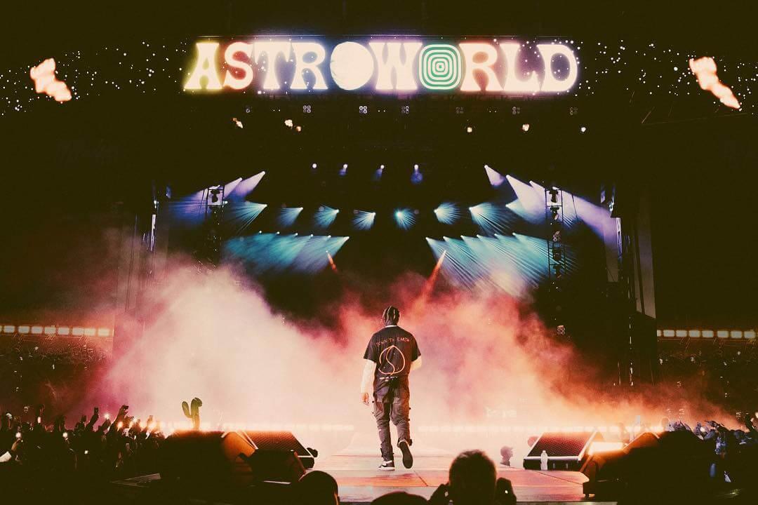 Esto fue todo lo que pasó en el Astroworld Festival, el carnaval demente de Travis Scott