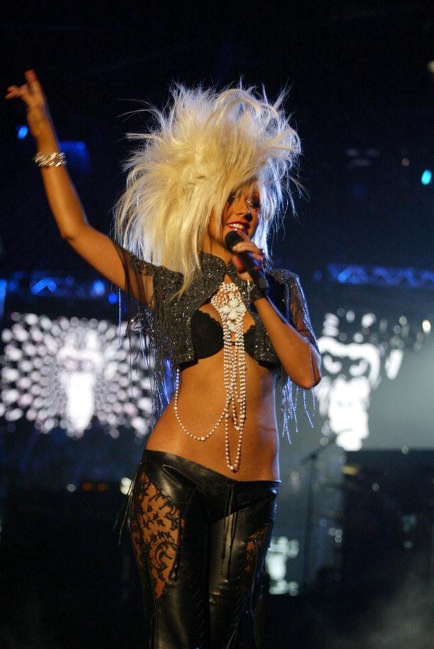 10 looks de Christina Aguilera que la convierten en una diva del vanguardismo musical