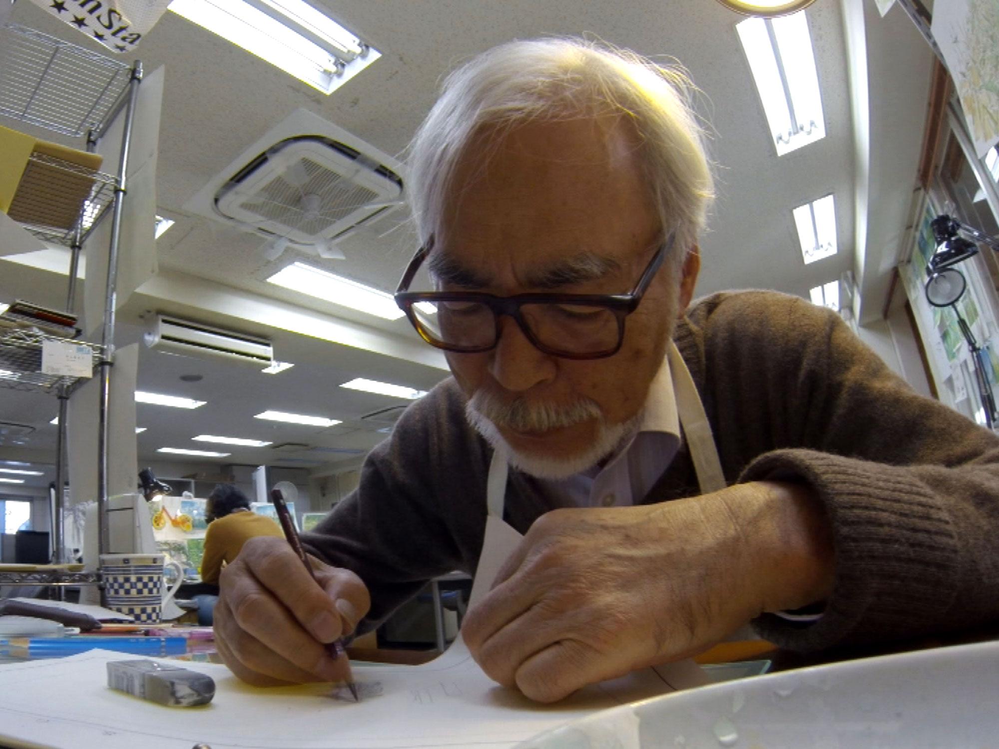 Hayao Miyazaki da muestra de su maestría en la ilustración en el canal de YouTube del Museo de Studio Ghibli