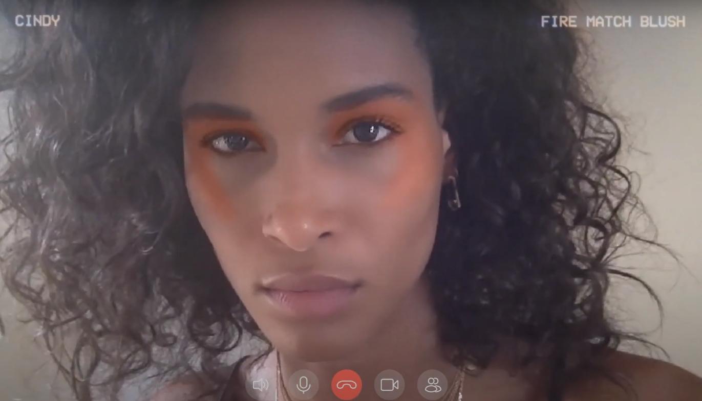 L'Oreal lanza una línea de maquillaje virtual