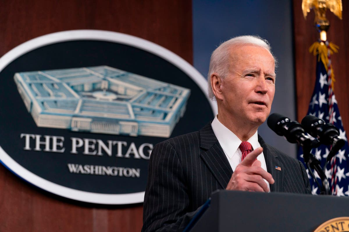 """EE.UU. lanza ataque aéreo en Siria contra estructuras de """"milicias respaldadas por Irán"""""""