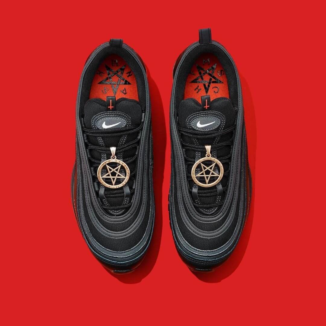 """Nike demanda a MSCHF por los """"Satan Shoes"""" de Lil Nas X"""