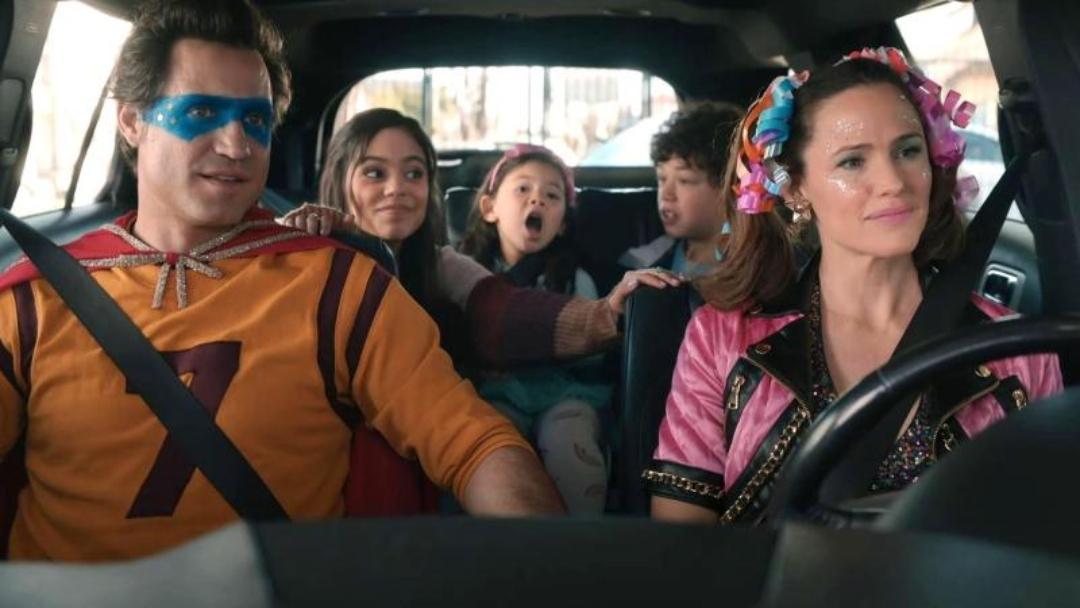 """""""Yes Day"""": El tráiler que nos muestra a Jennifer Garner y a Edgar Ramírez como dos padres divertidos pero extenuados"""
