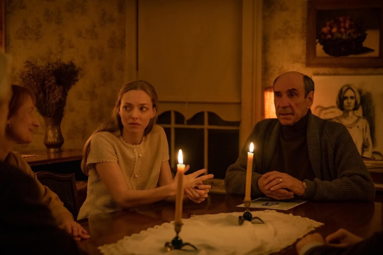 """""""Things Heard & Seen"""": Amanda Seyfried será perseguida por casas misteriosas y por su marido en esta historia de suspenso"""