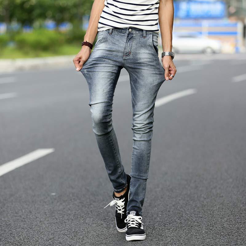 """Kim Jong-Un prohíbe los """"skinny jeans"""" en Corea del Norte por ser un """"símbolo de capitalismo"""""""