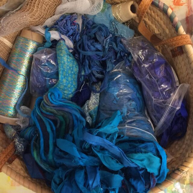 Palpitations. Having a little panic there because I thought (second photo) were the only blue sari silks I had. Then I found the motherlode in a different basket, along with  other favourite blue fabrics and threads. Phew 😅   Turns out I pre-sorted my materials for this project, but I was so far ahead of myself I clean forgot I'd done it. Do you ever do that?!