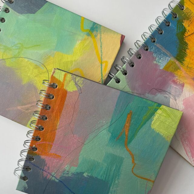 And to go with the new podcast episode, three new sketchbooks for you!  Double win: I used some painted papers from the other day that were fun to do but surplus to requirements, and three brand new sketchbooks from my stash 😉  Available to purchase in my Etsy shop for £12ea with free UK shipping ☺️  (And if you receive my newsletter, apologies for the broken link 😩 - the correct one is here in my bio)