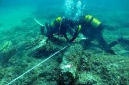 Recupero di materiale archeologico subacqueo. (foto di repertorio)