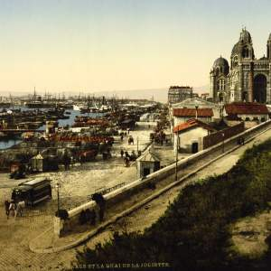 Past & Present: Photographs of Marseille, France 19