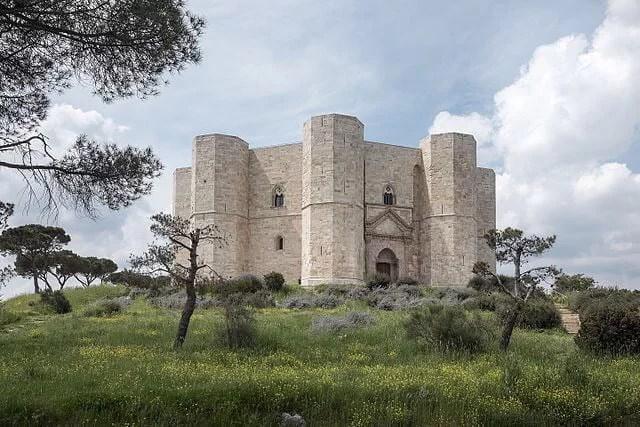 Castel del Monte, Andria, Bari, Apulia, Italy