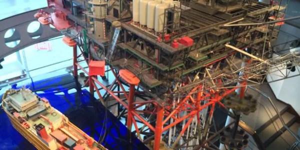 Aberdeen Maritime Museum: Oil Rig Model
