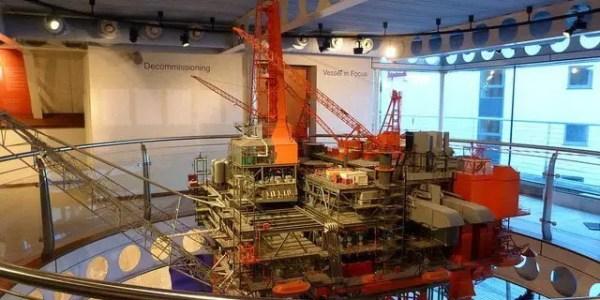 Aberdeen Maritime Museum: oil rig