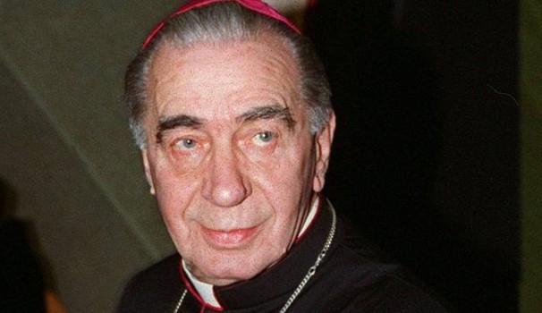 Addio a Don Riboldi: vescovo anticamorra di Acerra per 21 anni