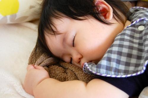肩こりしない枕は何度でも寝返りうてる