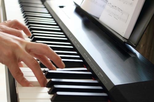 せっかく高いお金を払って買った電子ピアノ・キーボードは、楽器買取専門サイトで売ろう!