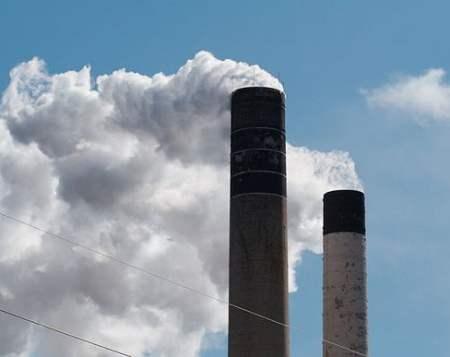 619px-Smokestacks_3958