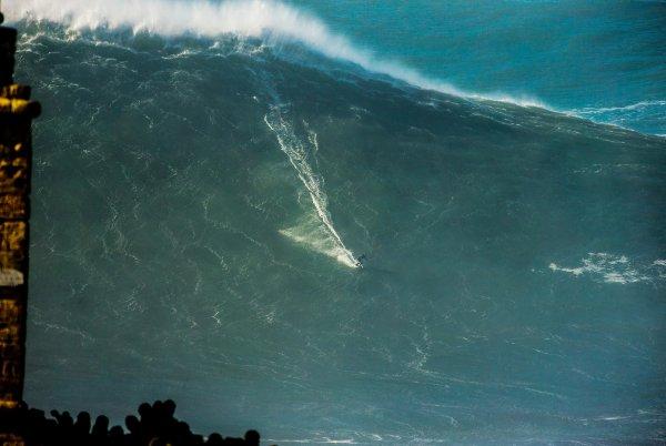 Big Wave Surfer Steudtner How The German Exotic Ticks