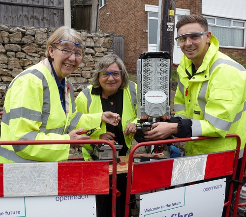 5th November 2018 Openreach installing full fibre broadband in Nottingham. Pictured: Cllr Kay Cutts (Leader of Nottinghamshire County Council), Kim Mears (MD) and Reese Orton (Chief Engineeer Contractor Liason Officer).