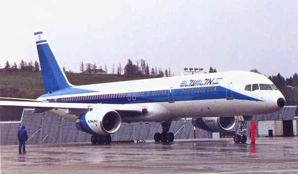 new product 48ee0 4a98f 757-200 4X-EBI at Boeing Field (EL AL).