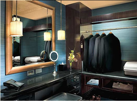 peninsula-shanghai-closet