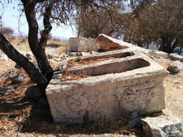 Sarcophagi in Tel Kedesh