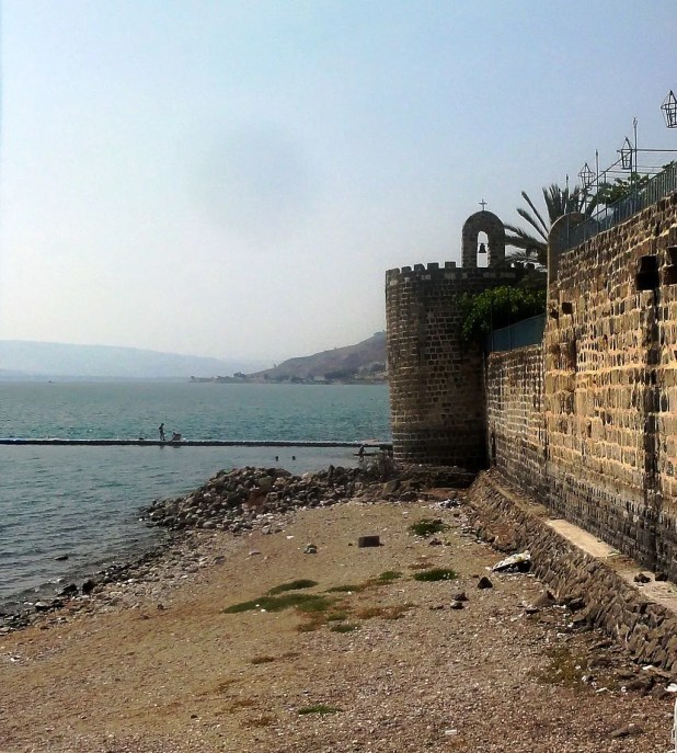 The Leaning Tower Tiberias - Photo:Mattes - Old Synagogues of Tiberias