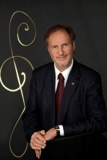 Эрнест Хойцел