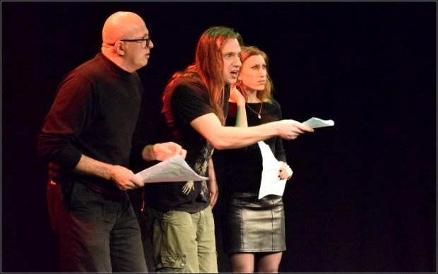 """актеры театра """"Матара"""" показывают отрывки из конкурсных пьес. Фото - Молодежный фотоклуб, Ариэль"""