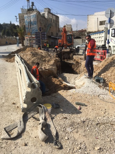 flood libel - rehabilitation of draining pipes in Hebron