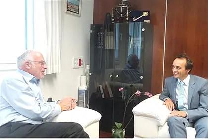 Uri Ariel and Australian Ambassador Dave Sharm