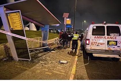 Sitio del atentado con coche que mató a Shalom Yohai Sherki